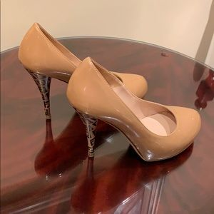 fendi heels retail $600